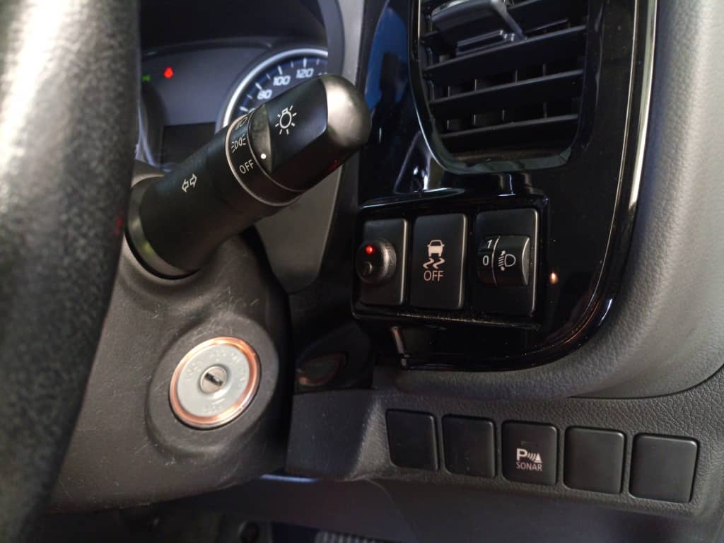 LED Over-ride in the Outlander